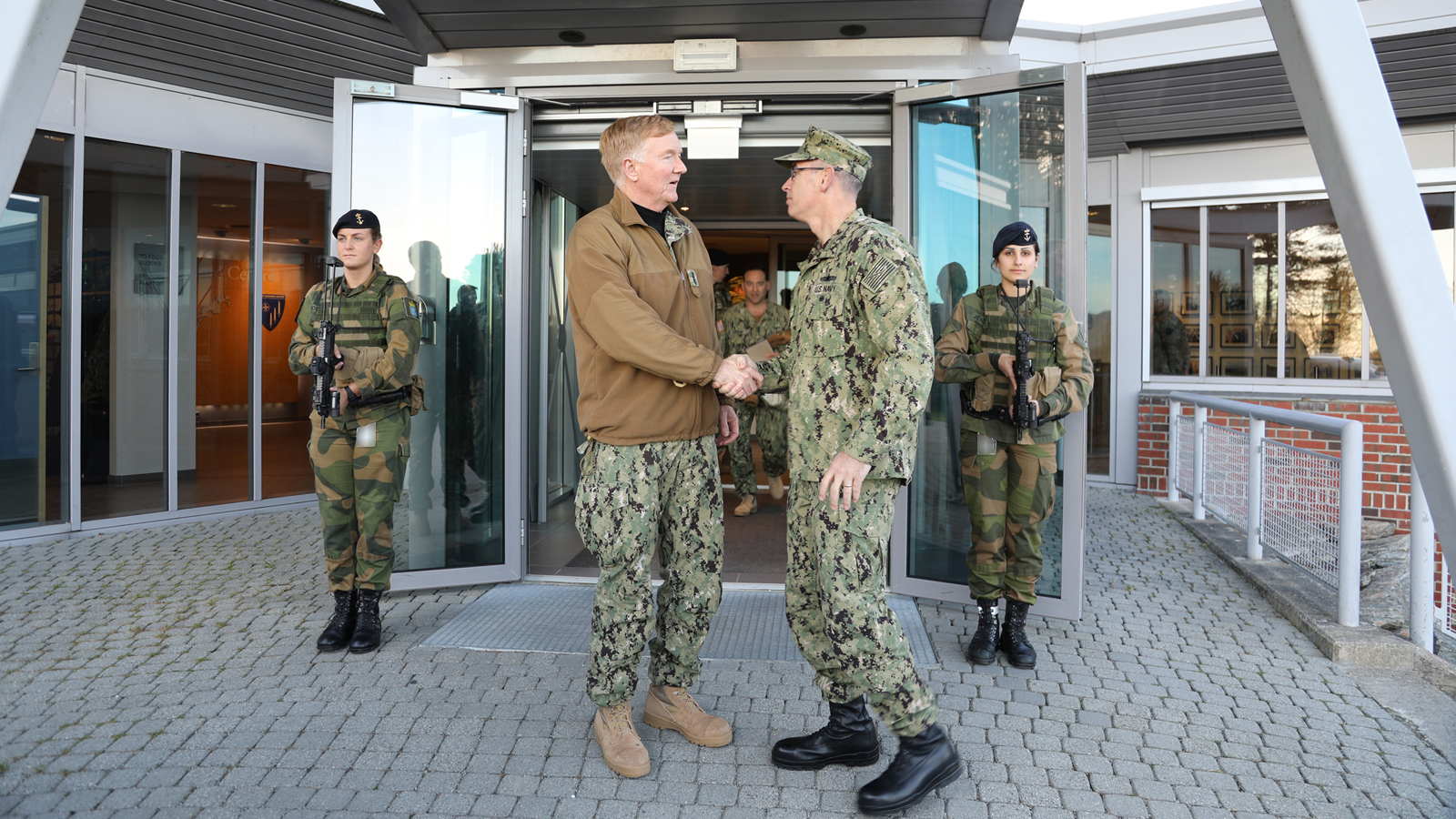 Admiral James G. Foggo III, Commander of TRIDENT JUNCTURE 2018, visits Joint Warfare Centre